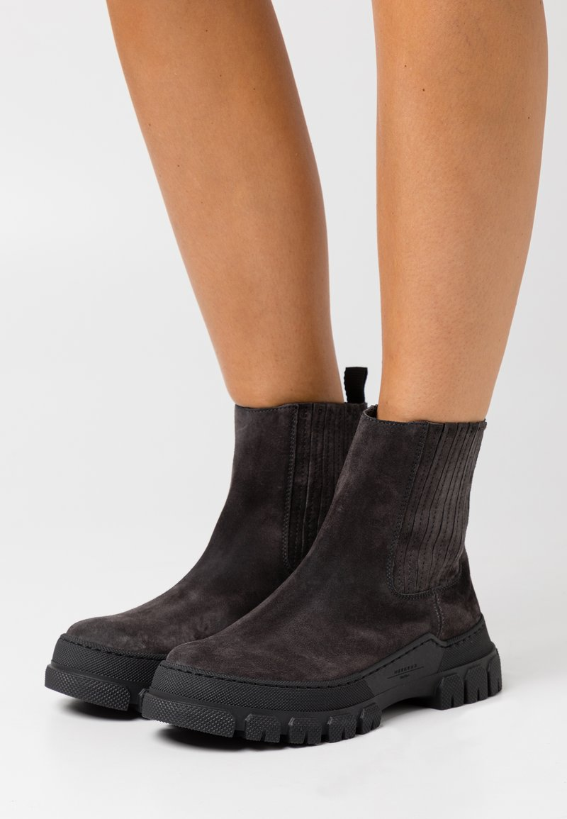 WEEKEND MaxMara - GENEPI - Platform ankle boots - dark grey