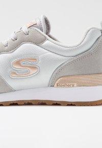 Skechers Sport - OG 85 - Trainers - light grey - 2