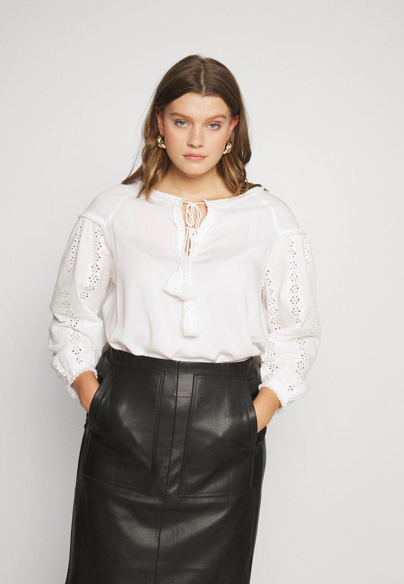 Glamorous Curve - Bluser - white