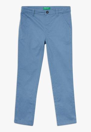 TROUSERS - Chino kalhoty - blue