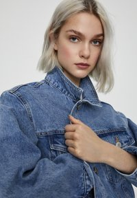 PULL&BEAR - Denim jacket - dark blue - 4