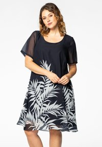 Yoek - Day dress - black - 0