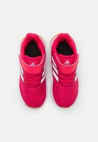 adidas Performance - RUNFALCON I UNISEX - Neutrální běžecké boty - power pink/footwear white - 3