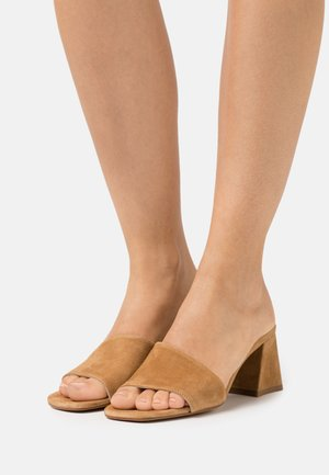 TED MULE - Heeled mules - camel