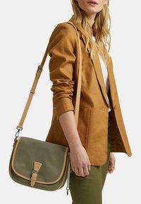 Esprit - SUSIE - Across body bag - olive - 0