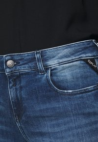Replay - FAABY - Slim fit jeans - medium blue - 5