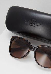 Coach - Sluneční brýle - brown - 2