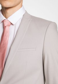 Viggo - NEW GOTHENBURG SUIT - Suit - silver grey - 6