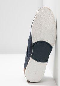 Pier One - Zapatos con cordones - denim - 4