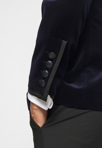 KARL LAGERFELD - JACKET GLORY - Blazer jacket - navy - 6