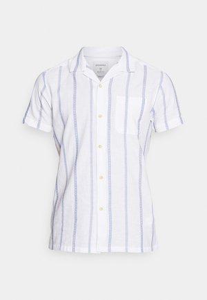 CUBAN DOBBY STRIPE - Camisa - white