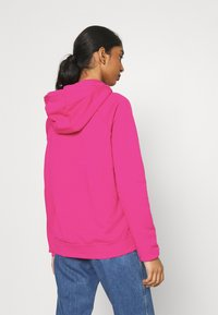 Nike Sportswear - HOODIE - Kapuzenpullover - fireberry/white - 2