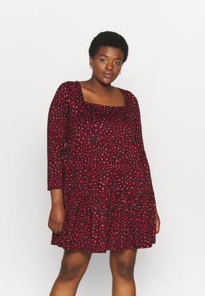 SQUARE NECK SMOCK DRESS - Day dress - red