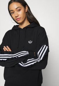 adidas Originals - BELLISTA SPORTS INSPIRED HOODED  - Hoodie - black - 5