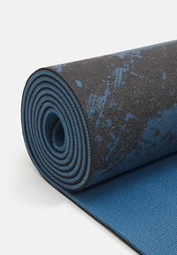 Casall - EXERCISE MAT CUSHION 5MM - Fitness/yoga - impulsive blue - 2