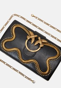 Pinko - LOVE PARTY SNAKE VINTAGE - Clutch - black - 5