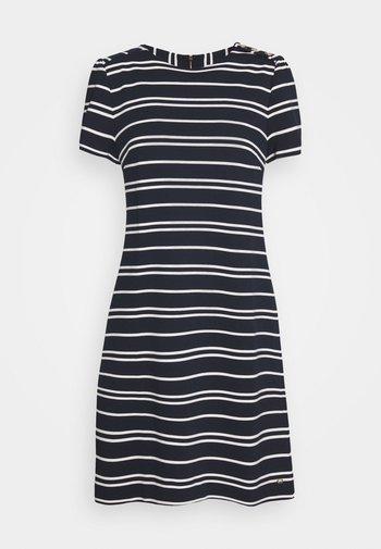 STELLA SHIFT DRESS