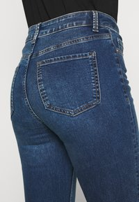 Marks & Spencer London - EVA - Bootcut jeans - blue denim - 3