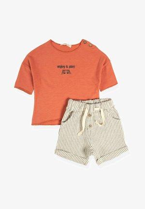 SET - Shorts - light red