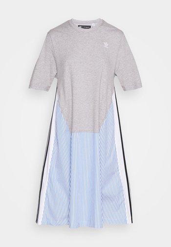 Dry Clean Only xSHIRT DRESS - Jersey dress - medium grey heather