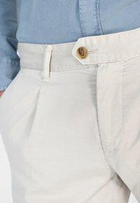 Scalpers - FIRENZE  - Pantalones chinos - beige - 3