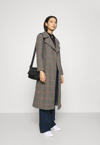 Who What Wear - BELTED TRENCH - Classic coat - multi - 1