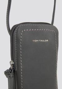 TOM TAILOR - LOTTA - Phone case - schwarz / black - 2