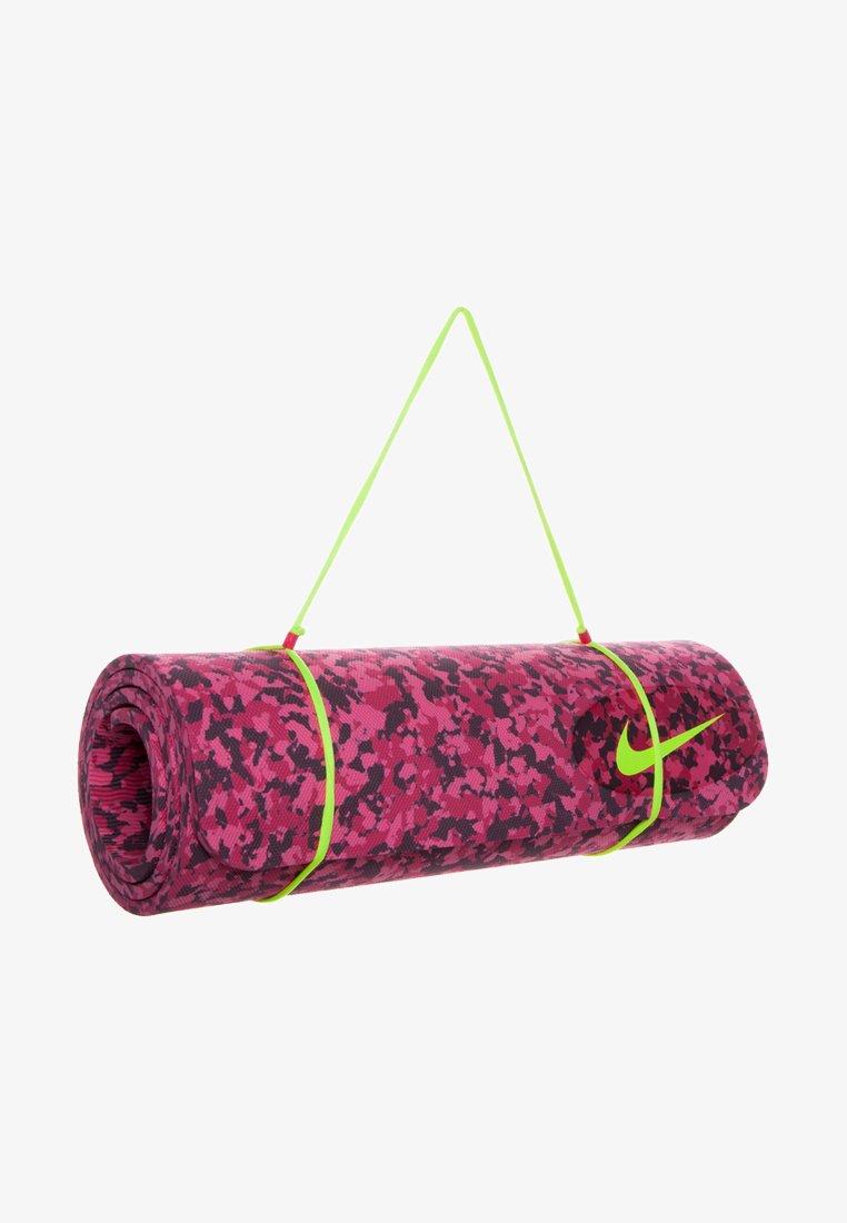 Nike Performance - TRAINING MAT - Fitness / Yoga - hyper pink/fuchsia force/deep burgundy