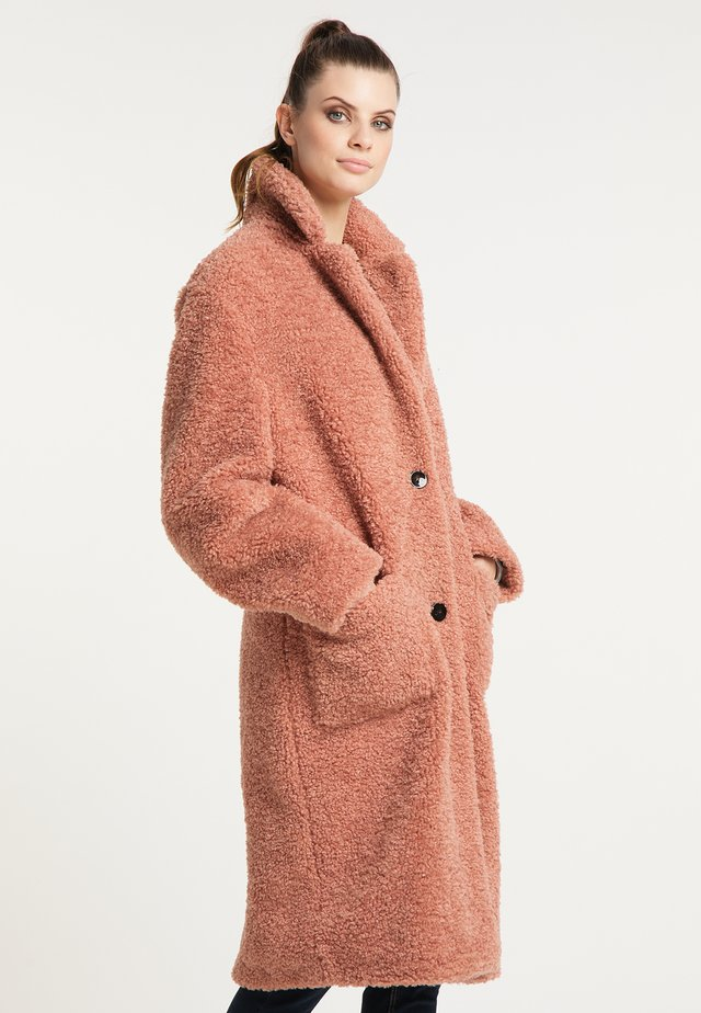 FAKE FUR MANTEL DARCY IN REGULÄRER PASSFORM - Veste d'hiver - desert rose