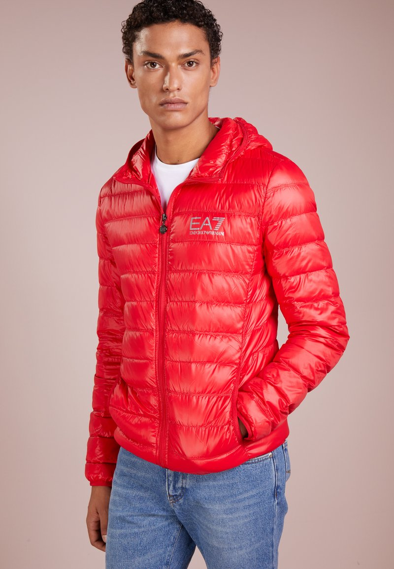 EA7 Emporio Armani - JACKET - Dunjakker - racing red
