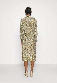 Object - OBJAZZA DRESS - Košilové šaty - khaki - 2