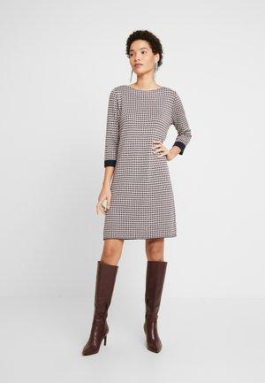 KURZ - Jumper dress - creme check