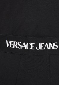 Versace Jeans Couture - PANTS - Shorts - black - 8