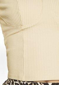 Monki - VINNIE  - Topper langermet - solid beige - 5