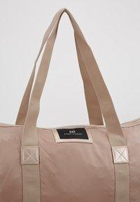 DAY Birger et Mikkelsen - GWENETH TONE BAG - Shoppingveske - stucco - 6