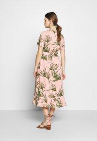 MAMALICIOUS - MLDARLING LIA DRESS - Vestido informal - mellow rose - 2