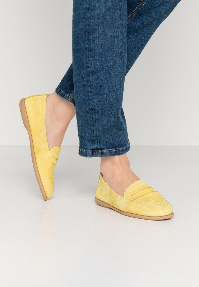 Slip-ons - amarillo