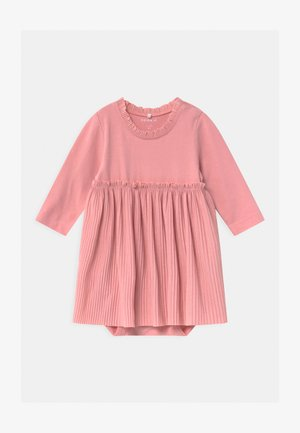 NBFRIFAL  - Jersey dress - blush