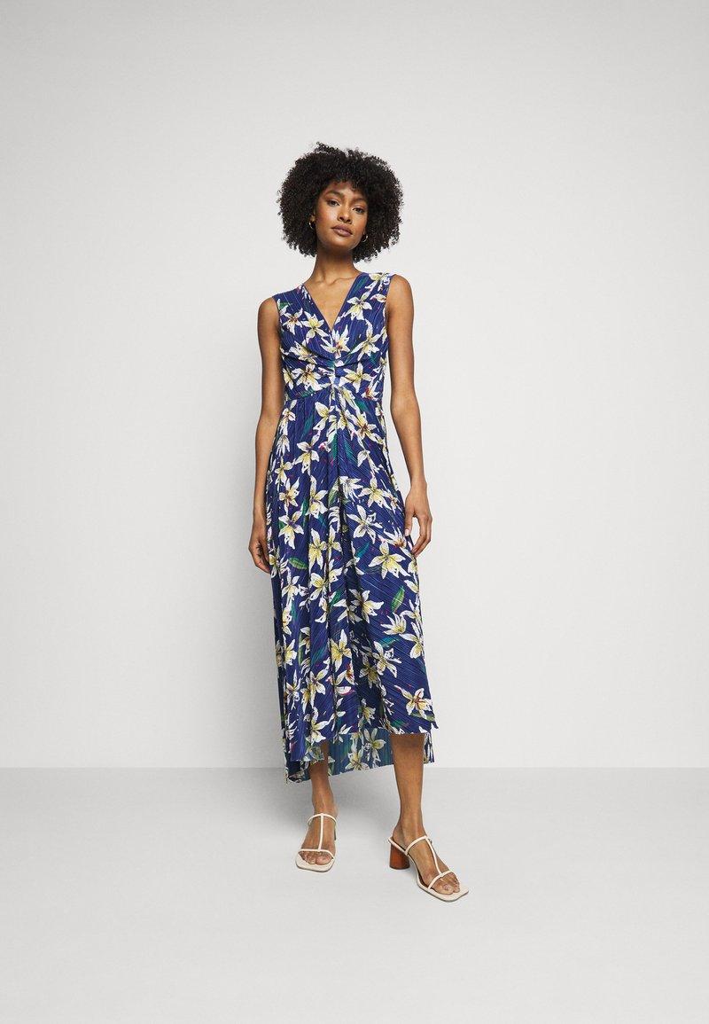 MAX&Co. - PADRINO - Maxi šaty - cornflower blue pattern