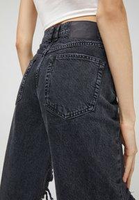 PULL&BEAR - Jeans a sigaretta - black - 5