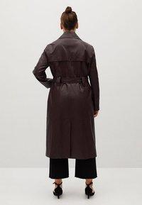 Violeta by Mango - WHITE - Trenchcoat - donkerrood - 2