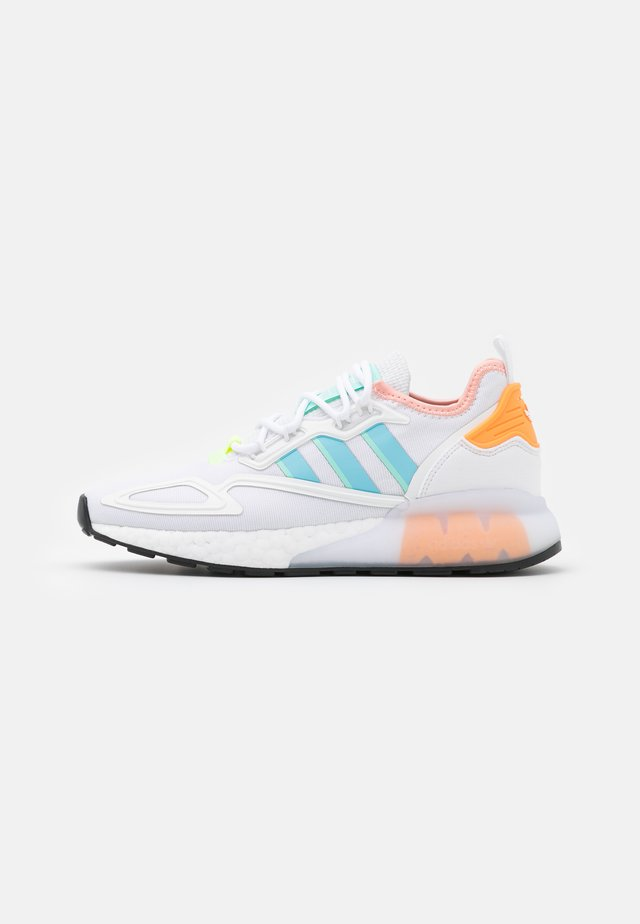 ZX 2K BOOST  - Trainers - core white/haze sky/glow pink