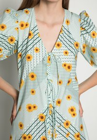 Résumé - FANNY DRESS - Day dress - mint - 4
