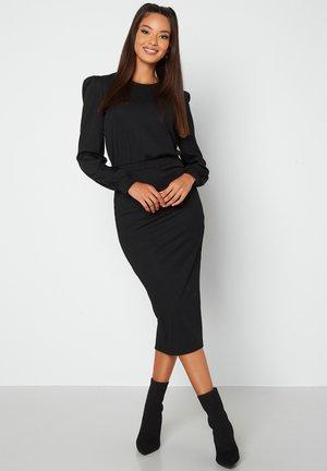 BESA - Fodralklänning - black