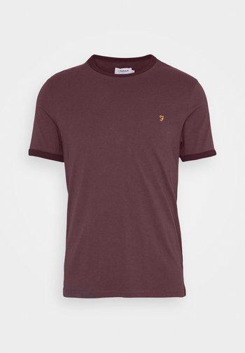 GROVES RINGER TEE - Print T-shirt - farah red