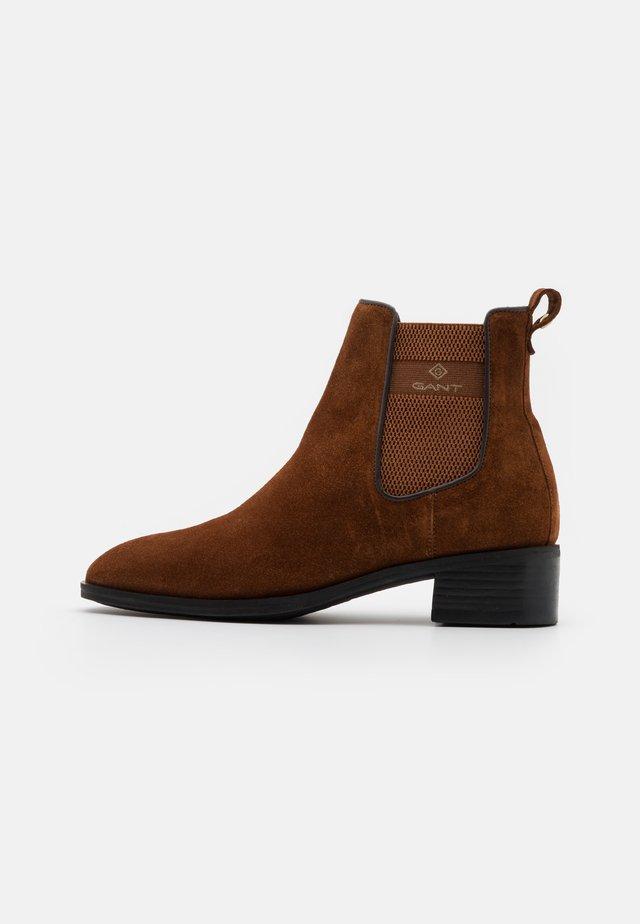 DELLAR CHELSEA - Classic ankle boots - cognac