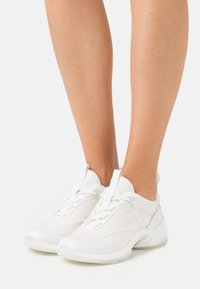 MICHAEL Michael Kors - SPARKS TRAINER - Sneakers laag - optic white - 0