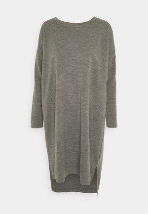 VMAMAIMARCO O NECK DRESS - Jumper dress - medium grey melange