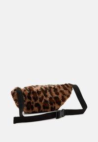 Lindex - BAG BUM LEO - Bum bag - light brown - 1
