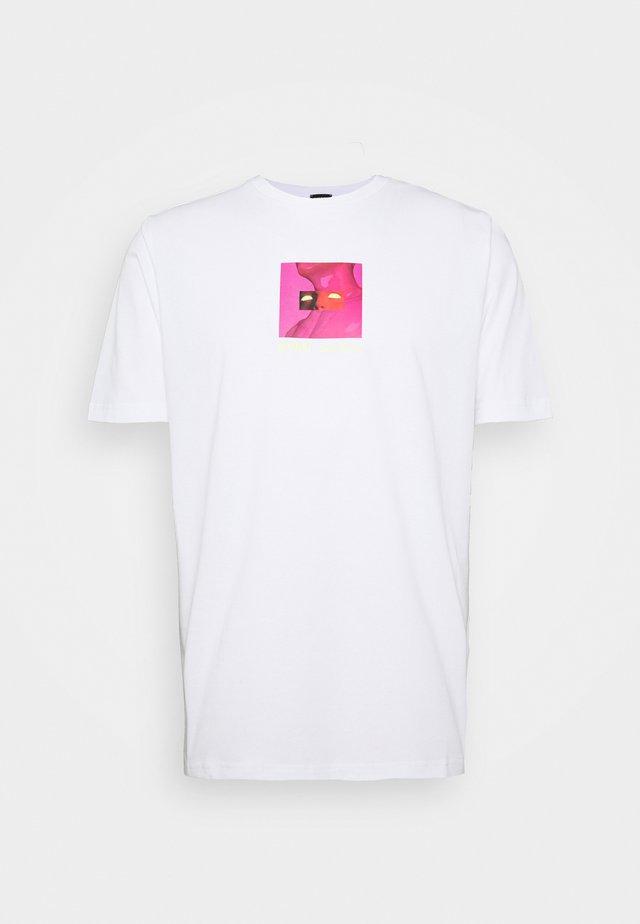 T-JUST-X64 T-SHIRT - T-shirt imprimé - white